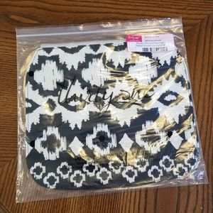 Black and White Bag by Thirty-one